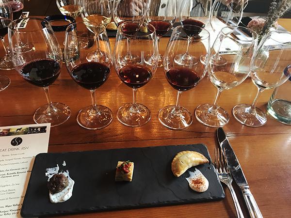 https://robert-parker-content-prod.s3.amazonaws.com/media/image/2017/09/21/bfe2c1bea9e3455db0d530af29389c5d_IMG_1775+-+Part+3+of+food+and+wine+pairing.jpg