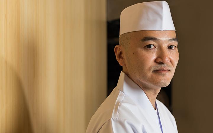 https://robert-parker-content-prod.s3.amazonaws.com/media/image/2018/03/27/ac94b51af67d44b3bce6e2ea0bddaed4_Chef-Tatsuya-Sekiguchi-Credit-Jai-Nima-Idowu_INLINE.jpg