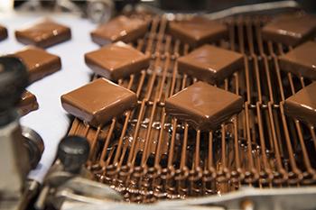https://robert-parker-content-prod.s3.amazonaws.com/media/image/2018/04/10/37b40f59e0584ba99e7b5b0ca0b5a0c6_kreuther_chocolates.jpg