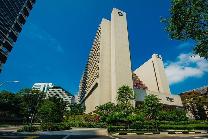 https://robert-parker-content-prod.s3.amazonaws.com/media/image/2018/07/11/f8c8243c6391469482f3db8b401dd5ff_regent_hotel_singapore.jpg