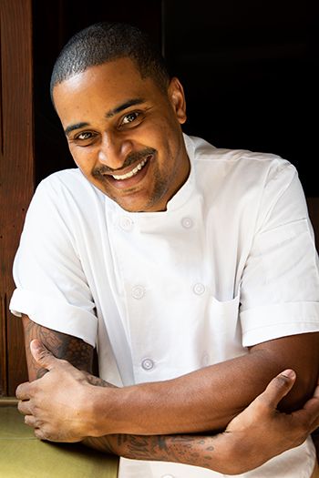 https://robert-parker-content-prod.s3.amazonaws.com/media/image/2018/08/30/13c47a31d17e484299b2ccee0bc50dd6_Chef-JJ-Johnson-Credit-Bea-da-Costa-SIDE.jpg