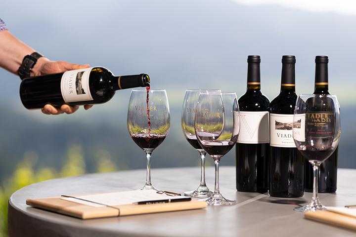 https://robert-parker-content-prod.s3.amazonaws.com/media/image/2018/09/11/f9e64f6cc7c8408b96e5b046e704a428_viader_wines_credit_viader_INLINE.jpg