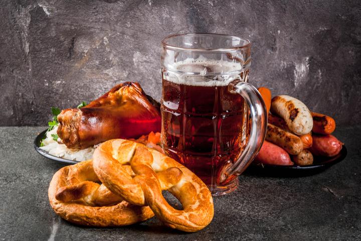 https://robert-parker-content-prod.s3.amazonaws.com/media/image/2018/09/24/212a2c1d91f847feb6cf11abf0ac0146_german_beer_guide_oktoberfest_INLINE.jpg