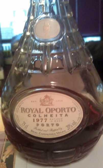 https://robert-parker-content-prod.s3.amazonaws.com/media/image/2019/01/04/027da9908c784ef1a45525ad5fbf47e5_colheita_royal_bottle.jpg