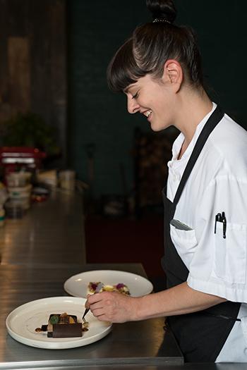 https://robert-parker-content-prod.s3.amazonaws.com/media/image/2019/03/08/2a9f47c321c64191875b97c2eb187583_Jacquelyn-Paternico-Pastry-Chef-Band-of-Bohemia-SIDE.jpg