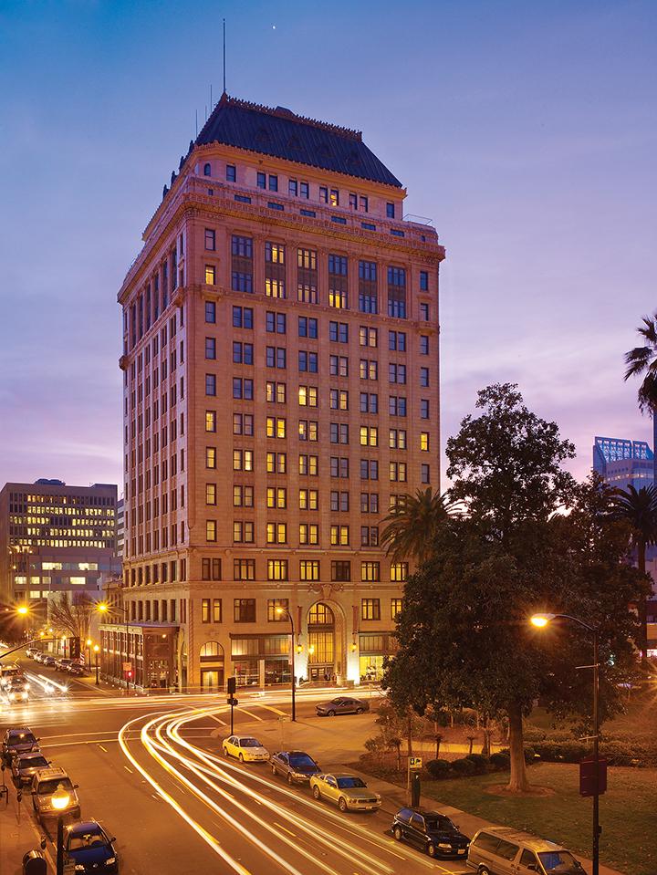 https://robert-parker-content-prod.s3.amazonaws.com/media/image/2019/04/02/9a2a08a44d804b9e85b42f0d8c13bd78_Citizen+Hotel_credit+Visit+Sacramento_INLINE.jpg
