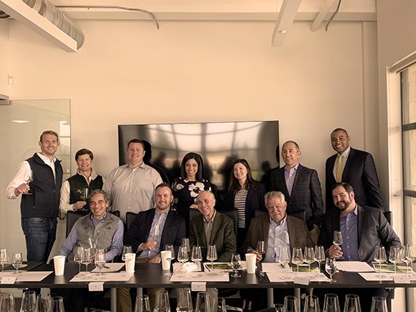https://robert-parker-content-prod.s3.amazonaws.com/media/image/2020/06/30/a92504f438af4d33a1d511d9bb38f9e2_3-HdV-Winery-Team-Wilson-Daniels-Napa-California-Chardonnay-Hyde-Vineyard-Retro-tasting.jpg